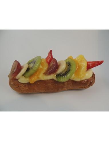 ECLAIR GEANT GARNI DE FRUITS  12PERS